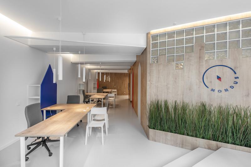 interjero dizainas - kelioniu agenturos biuras mondus