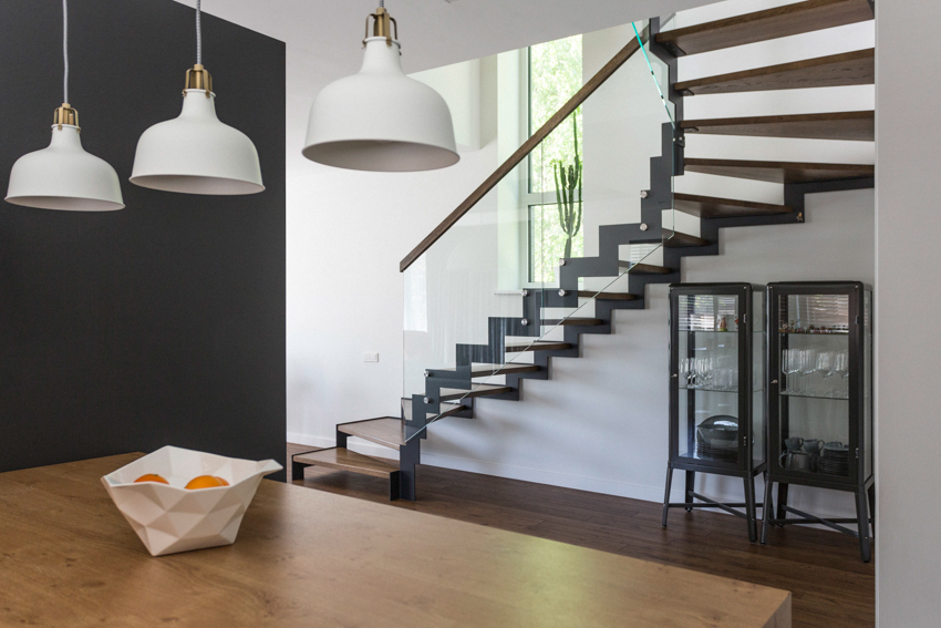 laiptai #2 - interjero dizaino pavyzdys - namas pavilnyje
