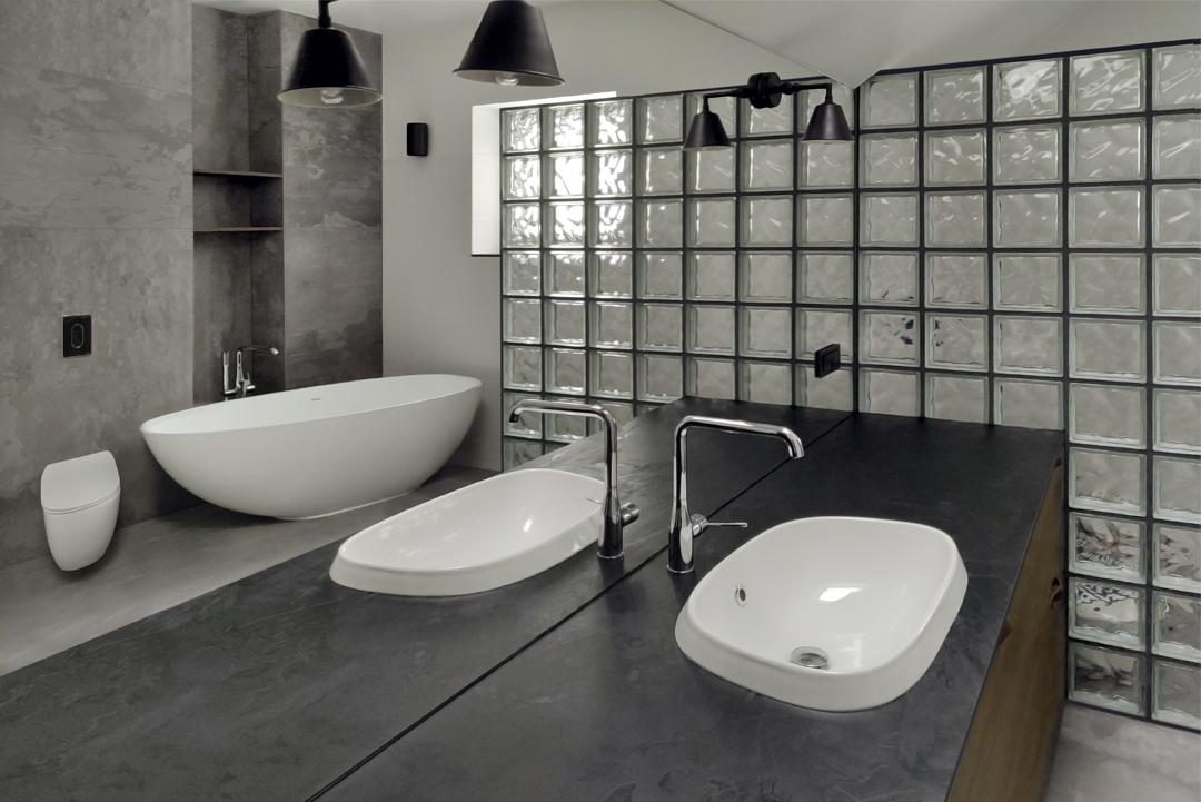 vonios interjero dizaino pavyzdys - namas pavilnyje
