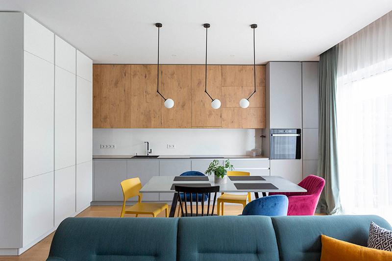 virtuves interjeras - kotedzas kalnenuose #3