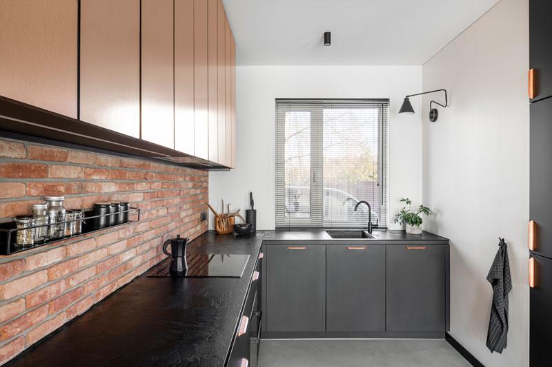 virtuves interjero dizainas - kotedzas pavilnyje #7