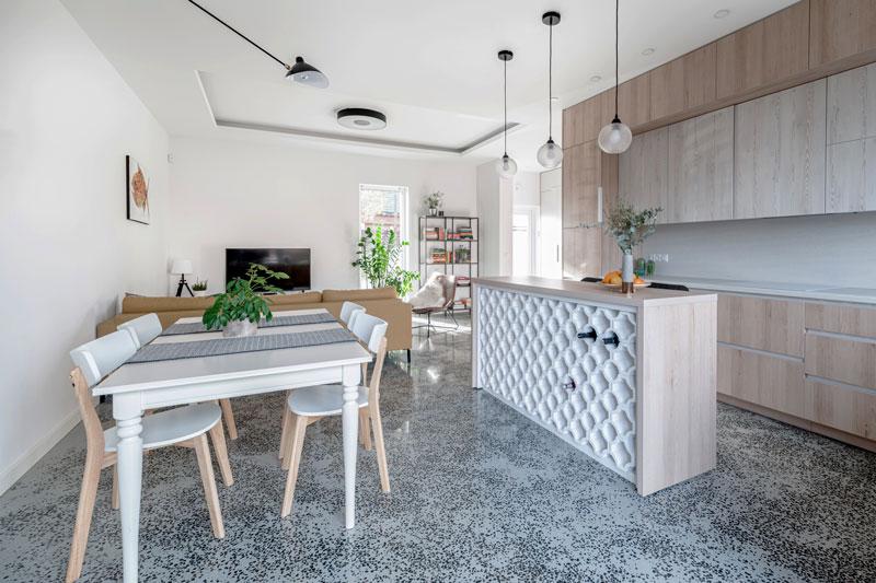 virtuves interjeras - kotedzas avizieniuose