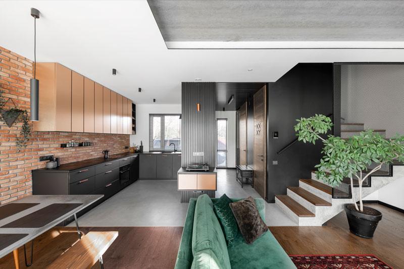 virtuves interjero dizainas - kotedzas pavilnyje #2