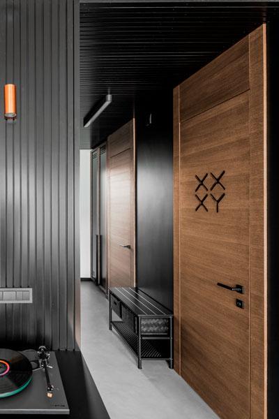 interjero dizaino pavyzdys - durys XX XY simboliai - kotedzas pavilnyje #2