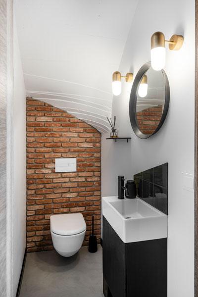 tuoleto interjero dizaino pavyzdys - kotedzas pavilnyje